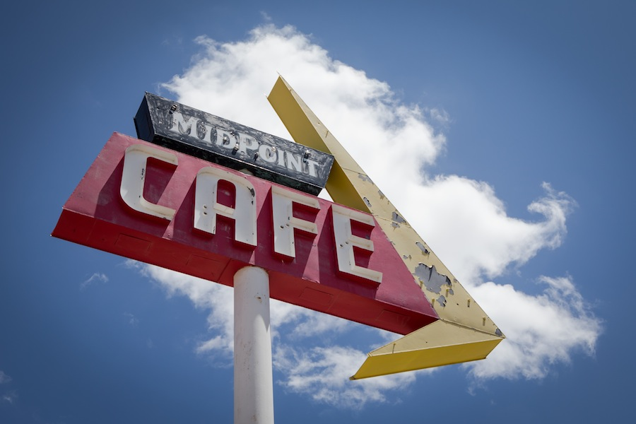 midpoint-cafe