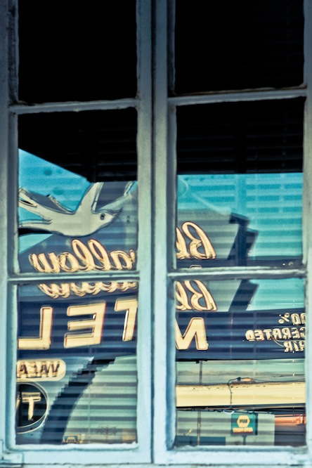 10 bluesw-window