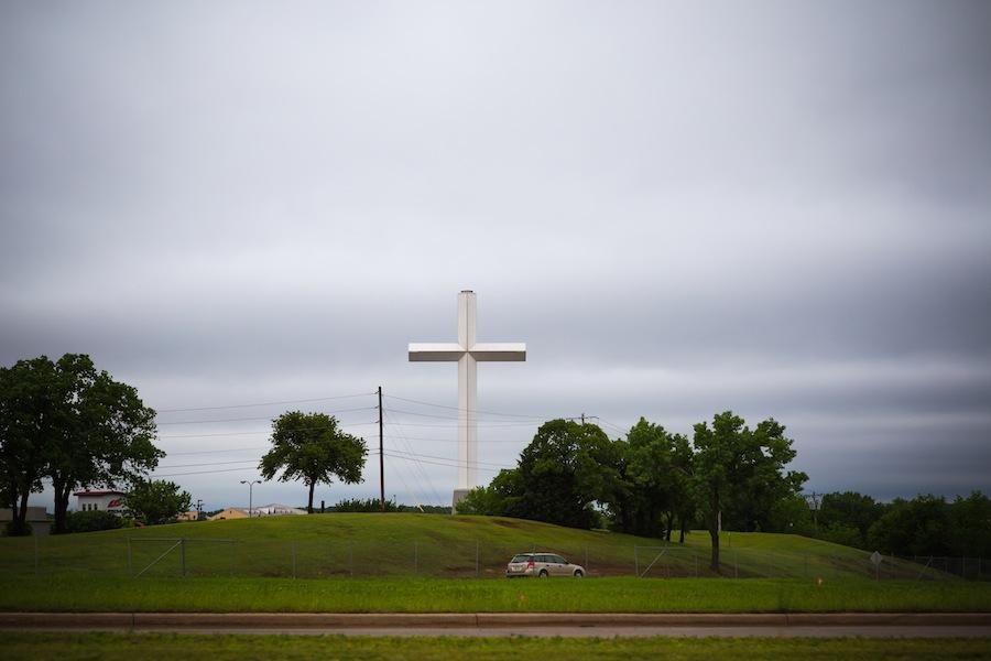01-cross-near-edmond