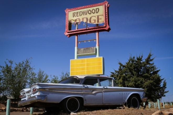 33 redwood-lodge