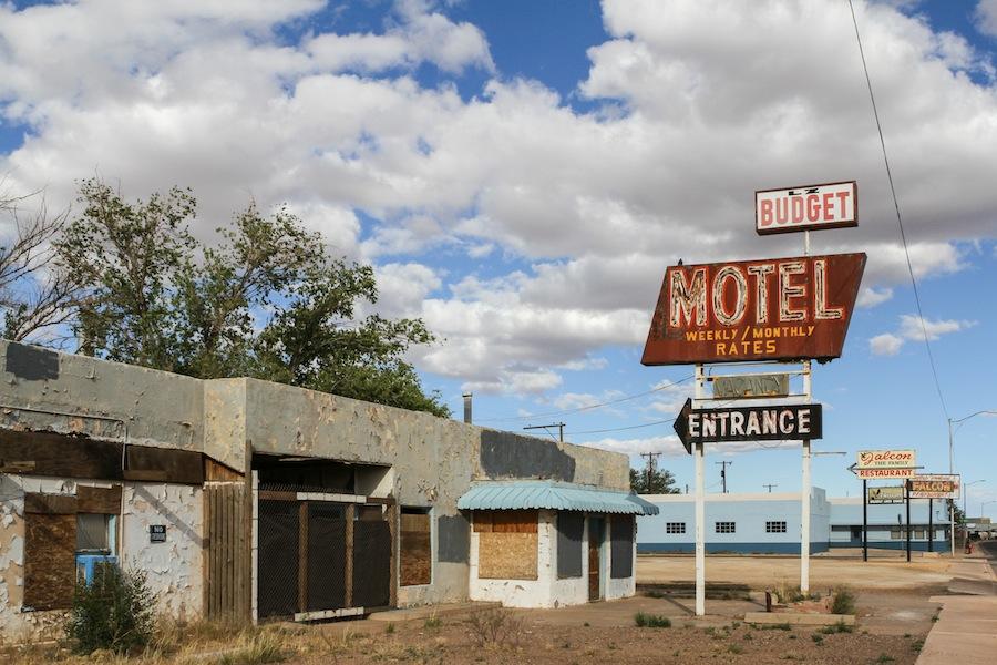 19 budget-motel-winslow