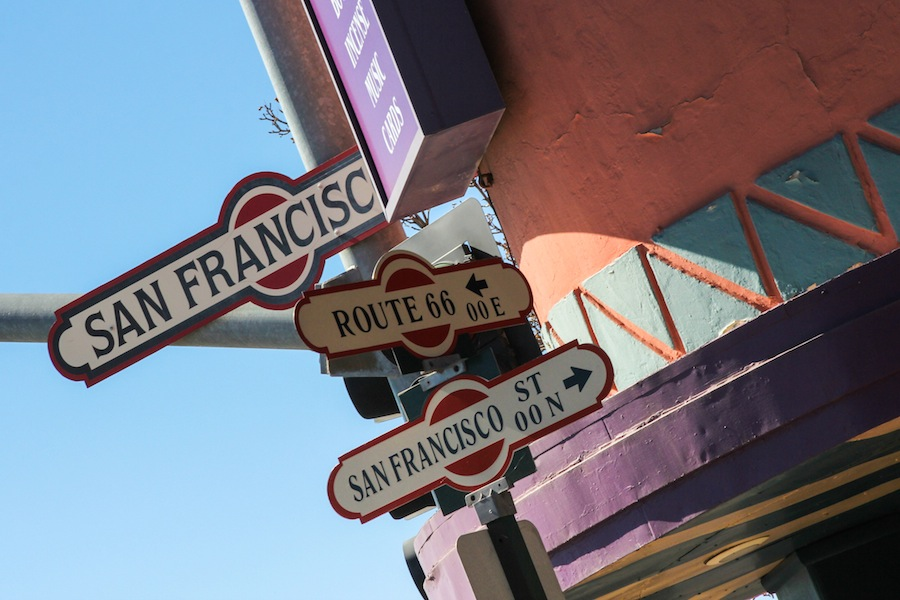 28 flagstaff-street-signs