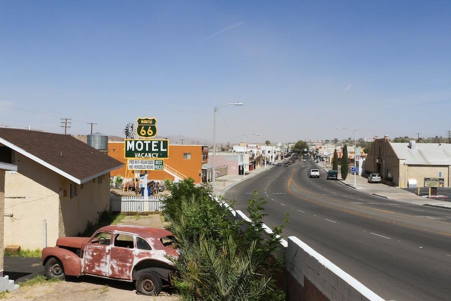51 barstow-66-motel-3